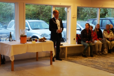 The Mayor, Asle Schrøder opens the first exhibition in TARE